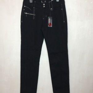 NWT Bisou Bisou Michele Bohbot Black Rocker Jeans